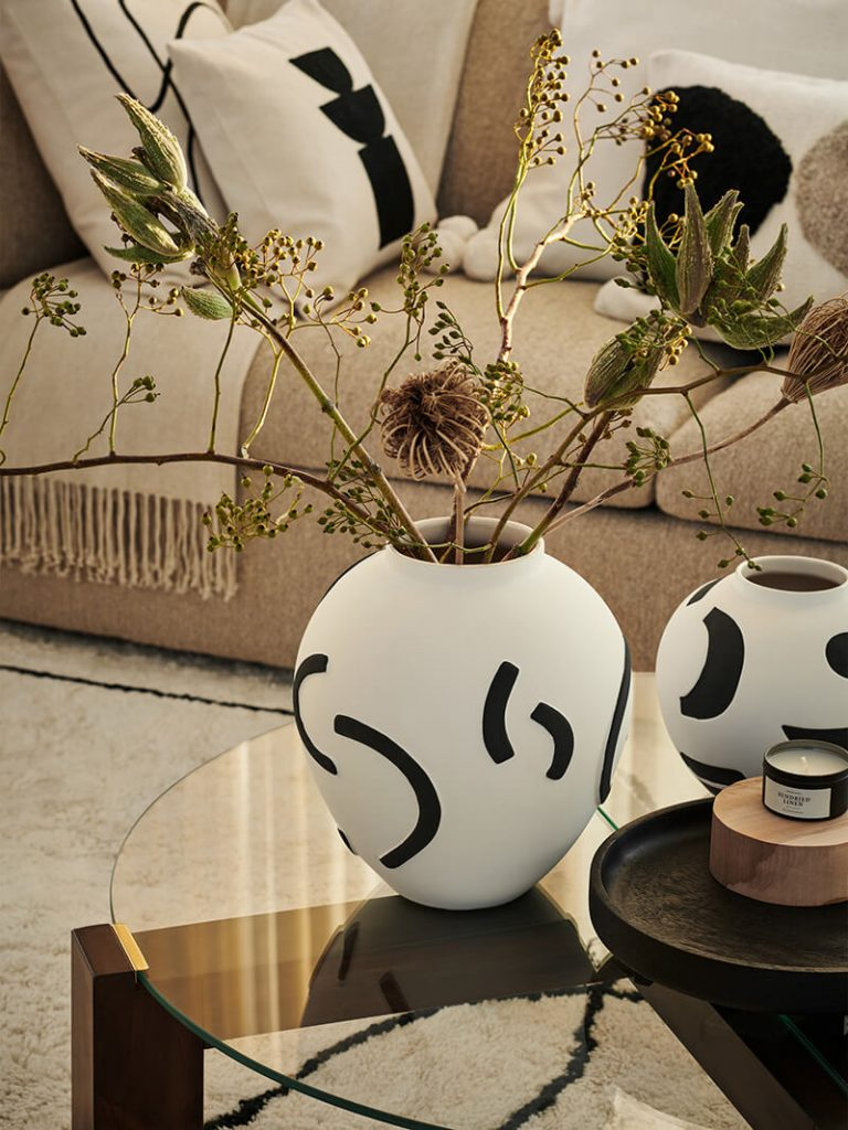 Vase motifs graphiques tendance 2021 H&M Home