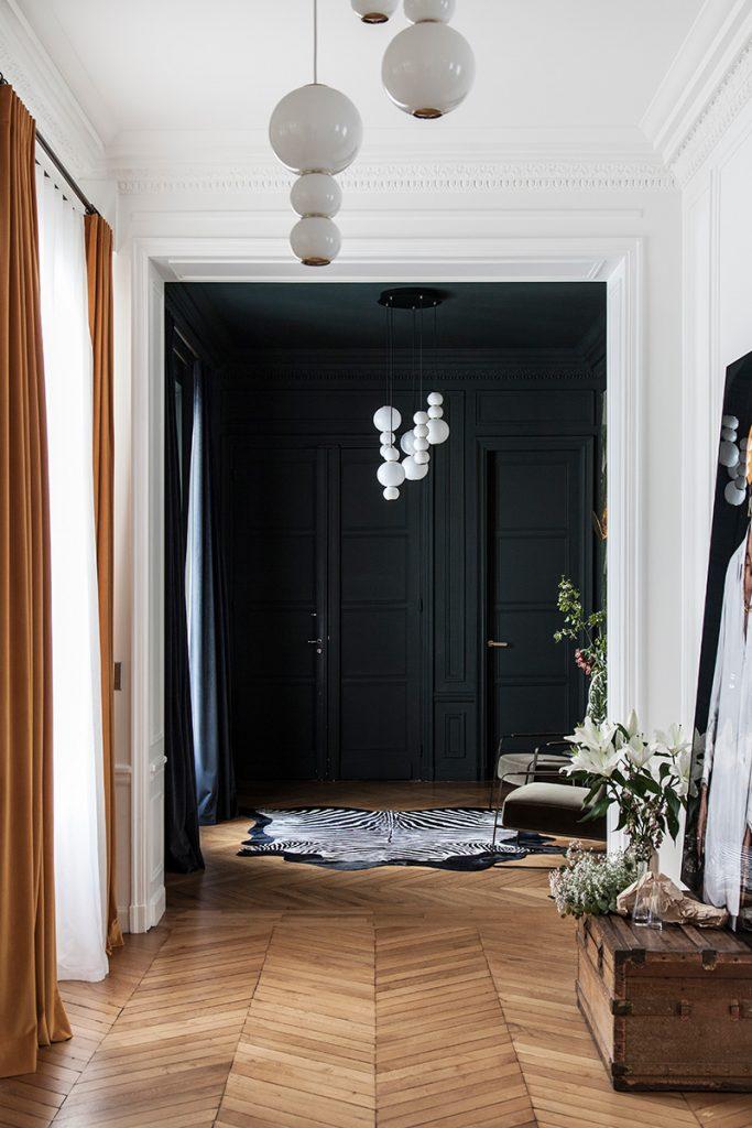 Lustre couloir appartement haussmannien