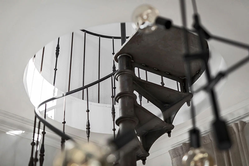Escalier en colimaçon style loft