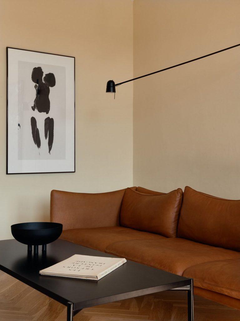 Canapé en cuir marron