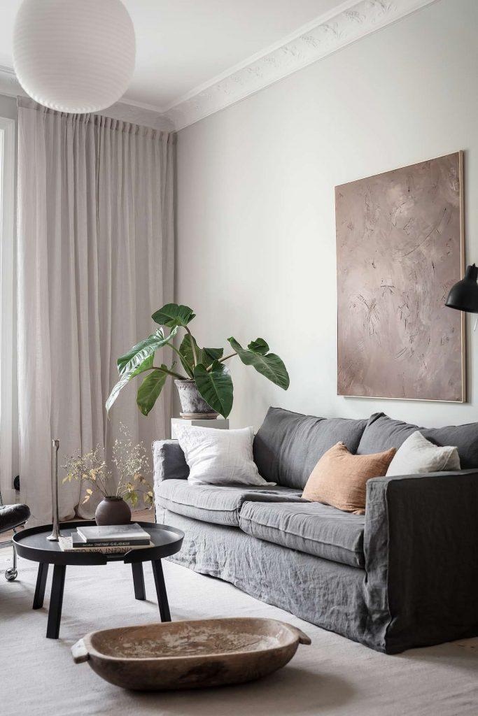 Canapé gris en lin froissé