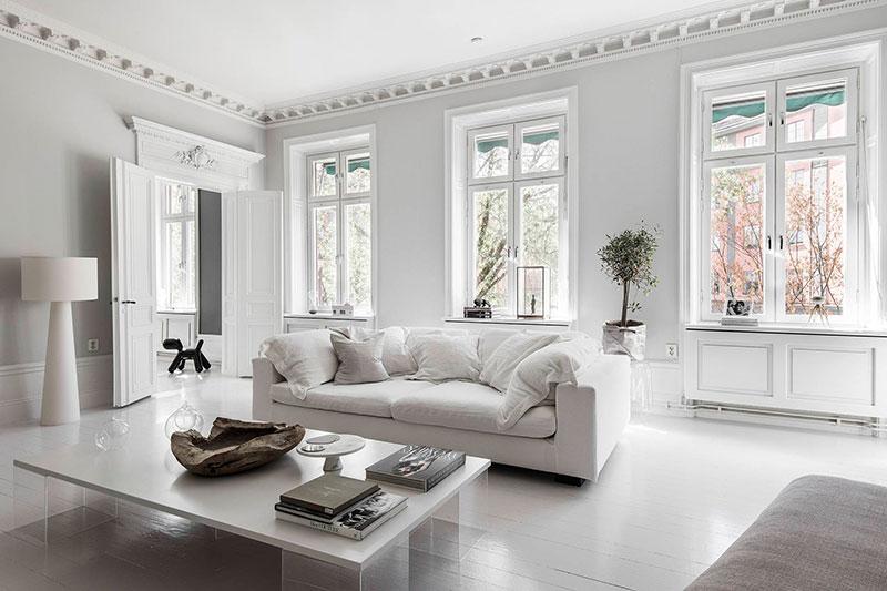 Intérieur style Haussmannien du parquet blanc