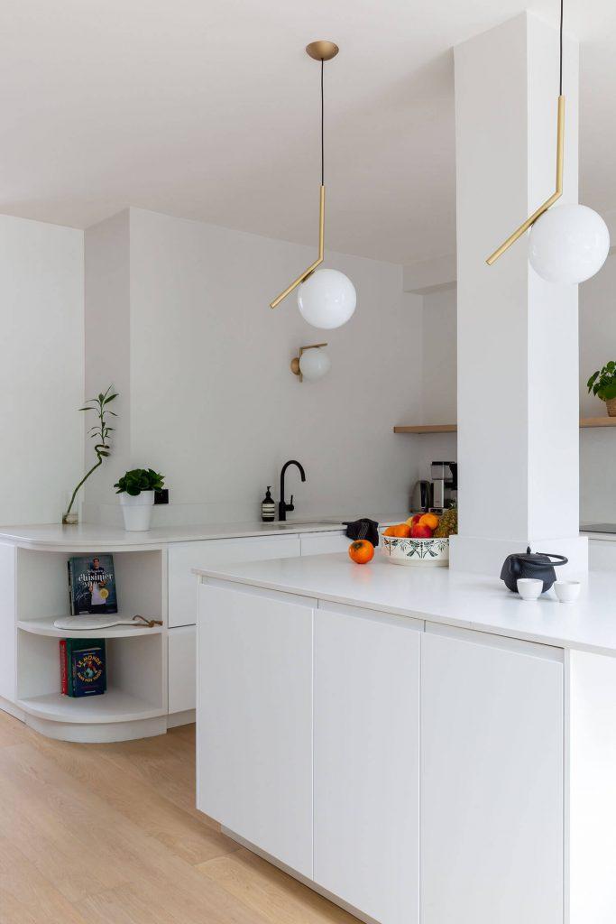 Suspensions Flos dans la cuisine