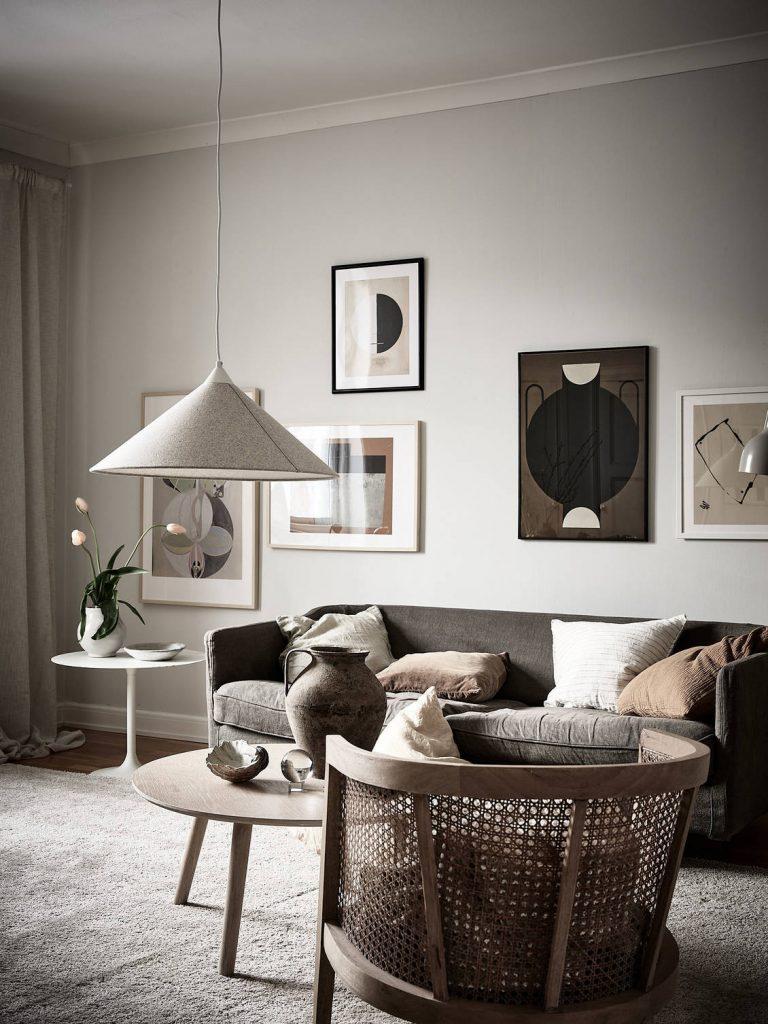 Décoration du salon tableaux aux murs