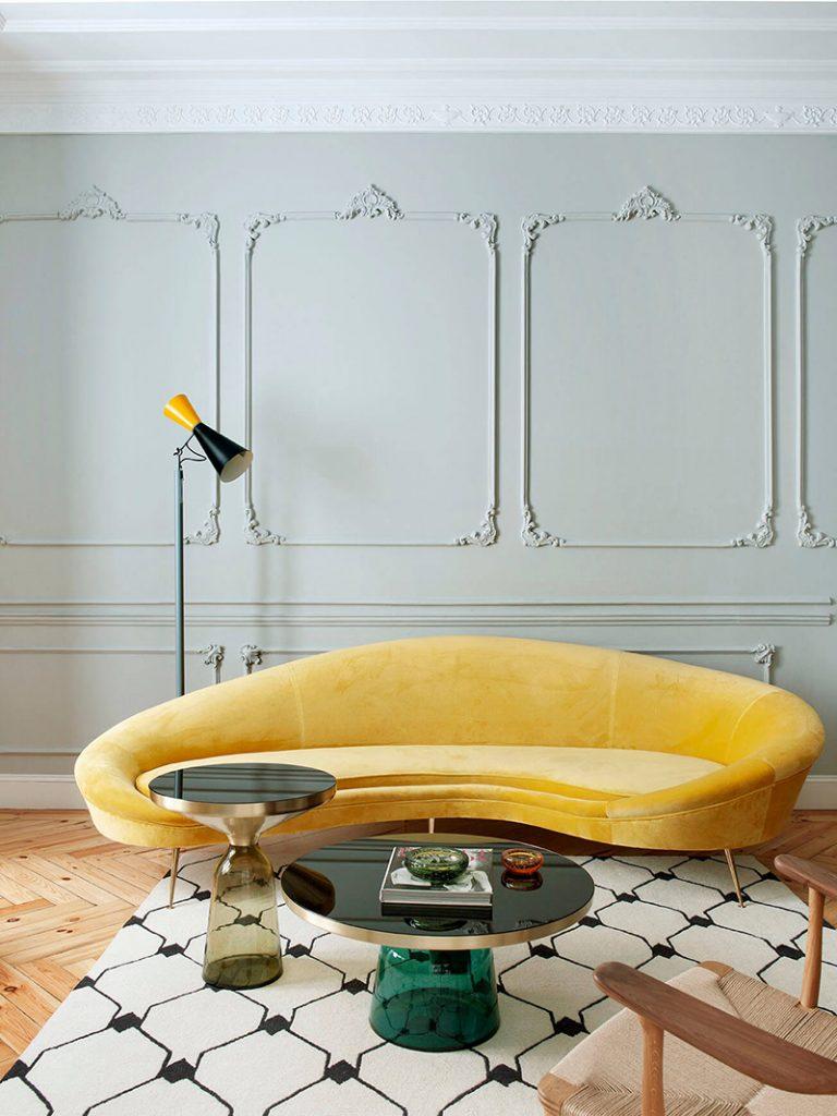 Décoration du salon canapé en velours jaune