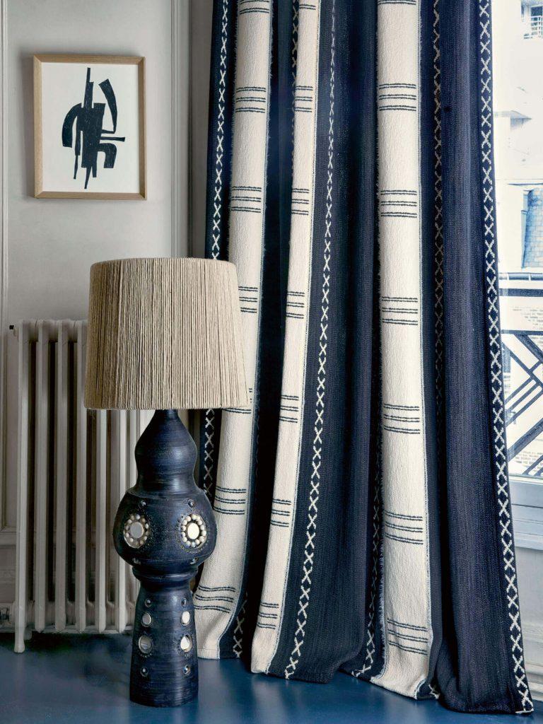 Ariane Dalle x Elitis : décorer avec du bleu