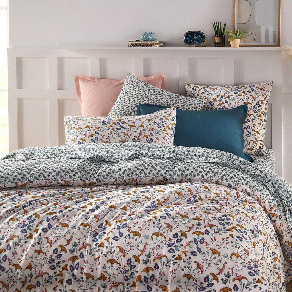 Linge de lit fleuri