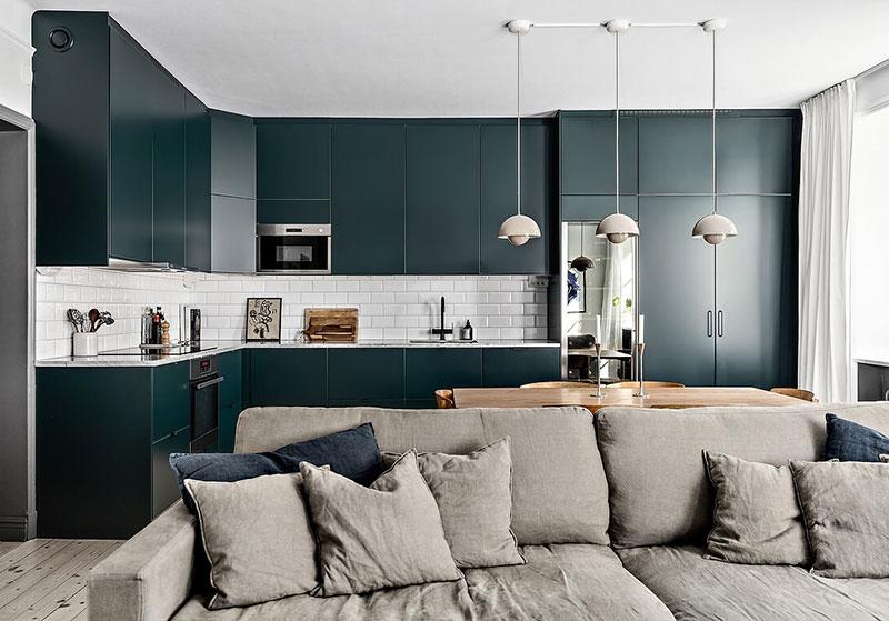 Une cuisine bleue ardoise