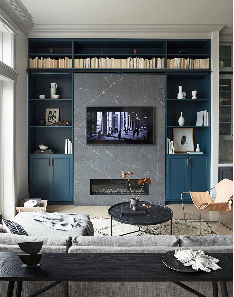 Bibliothèque bleu canard salon